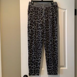 Splendid Leopard Jogger Pants Lead Sz Large